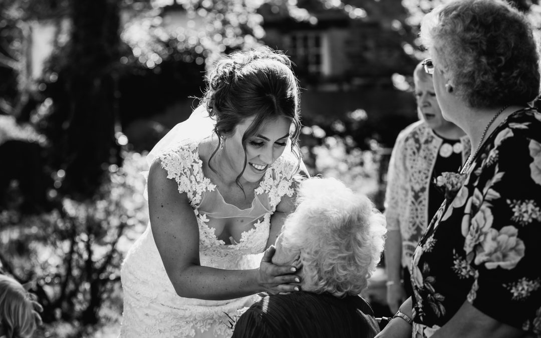 Documentary Wedding Photography – Why I love candid moments
