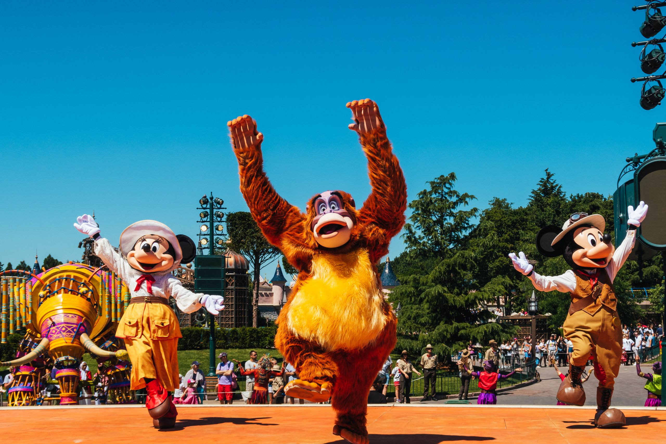 King Louie dancing during disney jungle show
